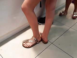 teen perfect long feets, sexy pedicured toes
