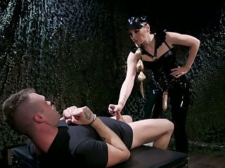 Floss in latex puts primarily strapon and fucks anus be proper of one kinky submissive