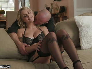 Full natural buxom pretty good in sexy lingerie  Gabbie Carter gets her muff fucked