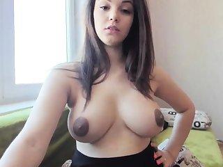 crude nyxii flashing boobs on live webcam