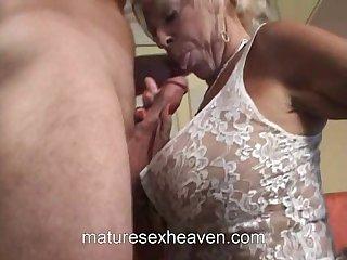Mama Does Her Neighbor