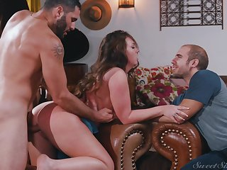 Brunette Maddy Oreilly pounded wits a foreign with her mendicant watching