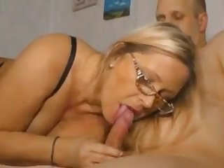 Geile deutsche titten. Full version. Patty Boobs increased by second choice hot moms.
