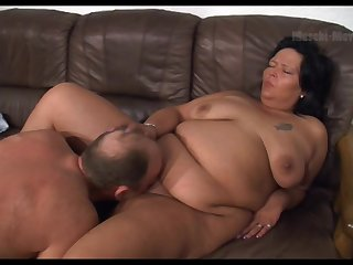 Amateur fat whore flashes her saggy bosom with an increment of gives a kinky blowjob