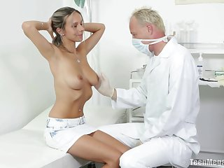 Blonde slut Tracy in miniskirt fucked off out of one's mind her naughty doctor