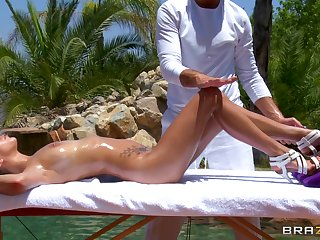 Hardcore outdoor having it away by the pool with brunette April O'Neil