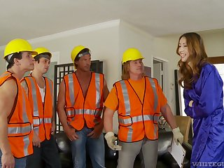 Builders fuck a wife in morning scenes of gang bang